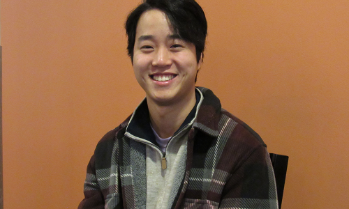 Joshua Kim is a sophomore at Colby College and the founder of the startup Sklaza, an online marketplace for college students to be able to buy and sell items on the same campus. It is currently running on the Colby campus and will soon be implemented into all schools in Maine. Click to connect with Josh on LinkedIn.